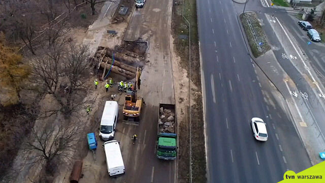 Prace po awarii wciąż trwają, mieszkańcy Mokotowa nadal bez ciepła