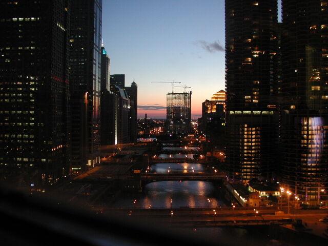 """Gangi, strzelaniny, morderstwa. Chicago """"miastem terroru"""""""