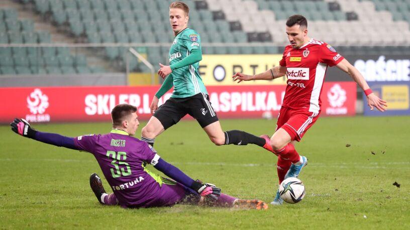 Legia za burtą Pucharu Polski. Nowy obrońca pomógł rywalom