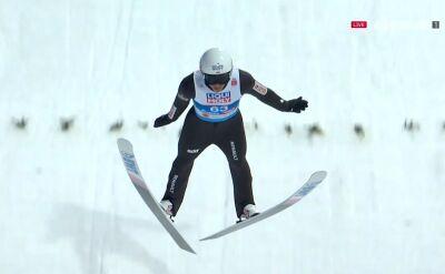 Skok Piotra Żyły z kwalifikacji do konkursu na skoczni normalnej