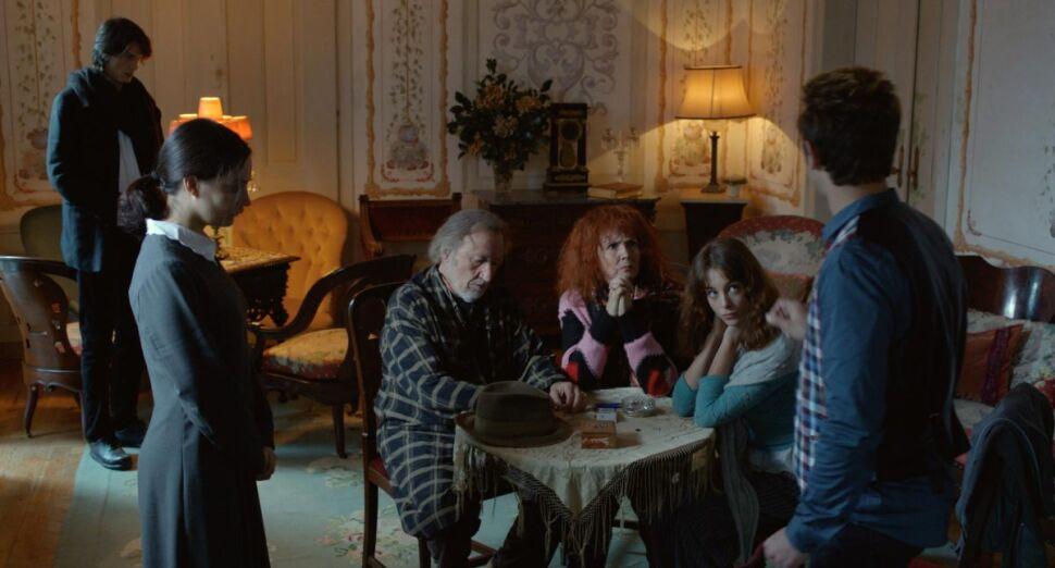 """Kadr z filmu """"Kosmos"""" Andrzeja Żuławskiego"""