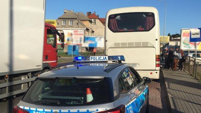 W autobusie było wyjątkowo tłoczno. Kierowca stracił prawo jazdy