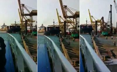Kontenerowiec uderza w nabrzeże portu w Indonezji