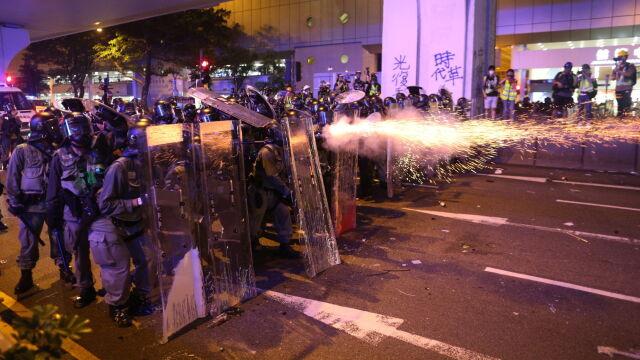 """Starcia z policją, ataki w metrze. """"Sądzimy, że Hongkongiem rządzi teraz chiński rząd"""""""