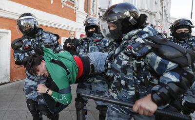 Rosyjska policja interweniuje wobec protestujących w Moskwie