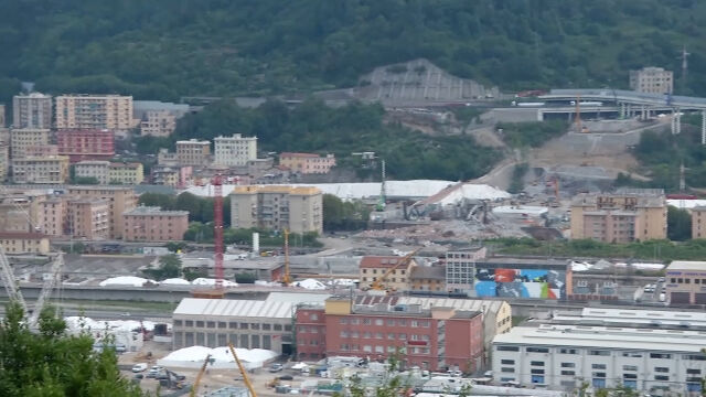 Rok od zawalenia się wiaduktu w Genui. Wspomnienia mieszkańców miasta