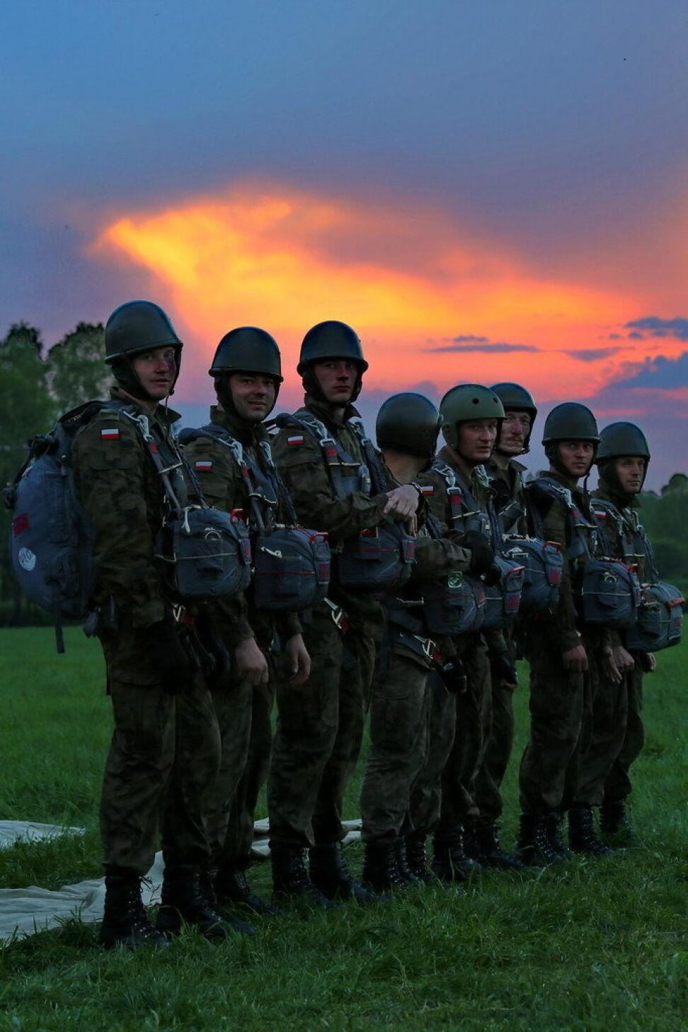 Spadochroniarze 6 Brygady Powietrznodesantowej