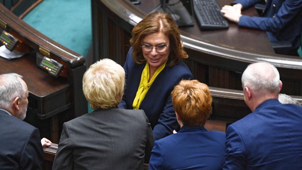 """Opozycja skupia się na sejmowych komisjach, PiS """"patrzy z zainteresowaniem"""" na Senat"""