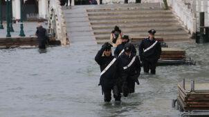 Wenecja przygotowuje się na trzecią falę.