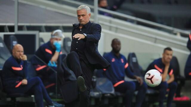 """Mourinho tłumaczy porażkę. """"Gracze mieli koronawirusa, inni kwarantannę"""""""
