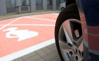 Przed urzędem na Ursynowie wydzielono miejsca parkingowe dla kobiet w ciąży