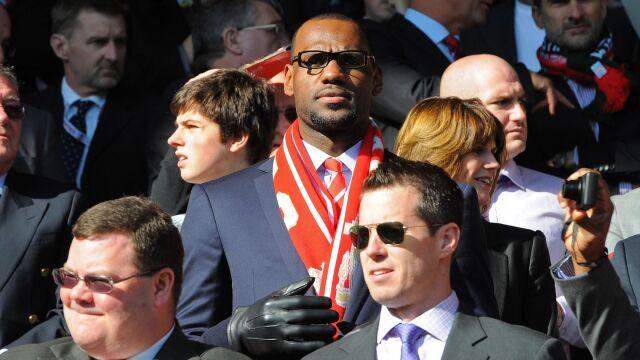LeBron James nie gra w finałach NBA, ale zarobił krocie na sukcesie Liverpoolu