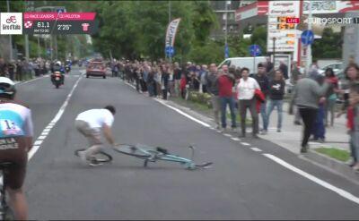 Głupota nie zna granic. Kibic porzucił rower na środku ulicy podczas 18. etapu Giro