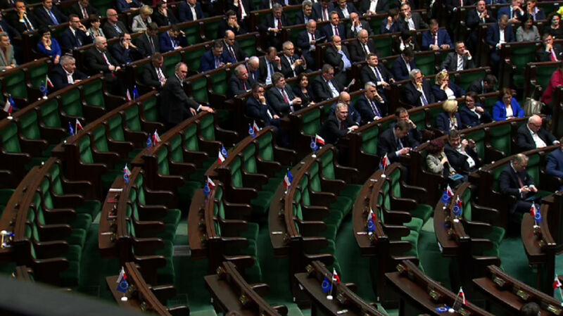Sejm anulował wybór pięciu sędziów TK. Głosowania bez posłów PO