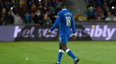 Praska młodzież gwizdała na czarnoskórego piłkarza. Rasizmu nie stwierdzono