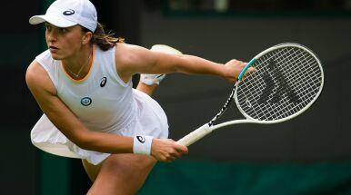 Świątek rozkręca się na Wimbledonie. Popisowy awans do 1/8 finału