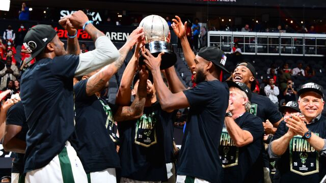 Milwaukee Bucks zagrają w wielkim finale ligi NBA
