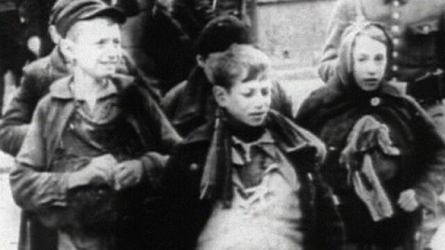 """Recenzje """"Strachu"""" w USA: Polska - kraj antysemitów"""