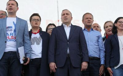 Grzegorz Schetyna podczas warszawskiego marszu: nie chcemy dzielić Polaków