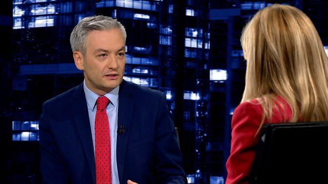"""Robert Biedroń w """"Kropce nad i"""" o filmie """"Tylko nie mów nikomu"""""""