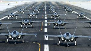 Amerykanie w dziesięć minut poderwali 52 myśliwce F-35