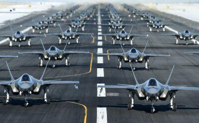 """""""Marsz Słoni"""" myśliwców F-35 nad Utah"""