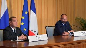 Premier Francji apeluje do Miedwiediewa