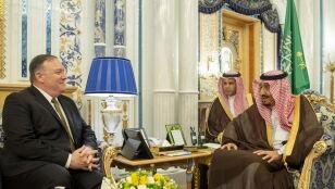 """Pompeo """"rozmawia o Iranie"""". Teheran ostrzega: możemy znów zestrzelić drona"""
