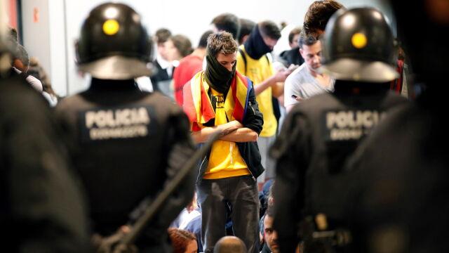 Tysiące ludzi na ulicach. Katalonia protestuje po wyroku na separatystów