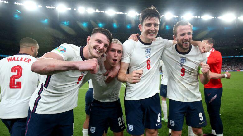 Anglia strzelała zwycięskiego gola, jej piłkarzowi rodziła się siostrzenica.