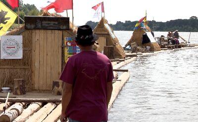 Flisacy pokonują ponad 500 kilometrów trasy tradycyjną tratwą