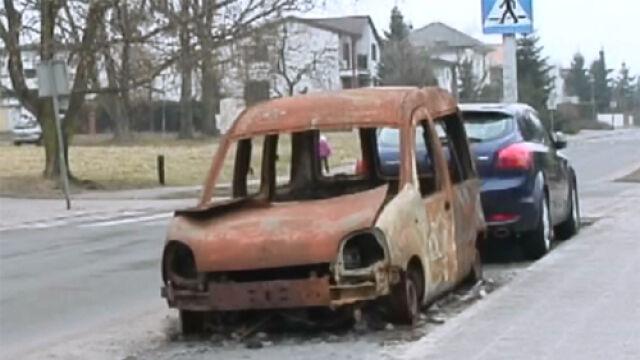 """Spalony wrak samochodu zniknął z ulic Poznania. """"Rocznie usuwamy ich około 500"""""""