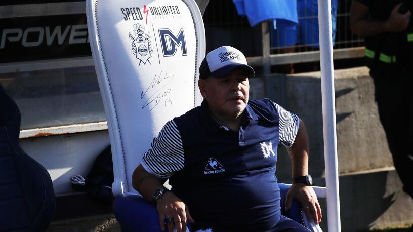 Diego Maradona ma misję do wykonania. Przedłużył kontrakt w Argentynie