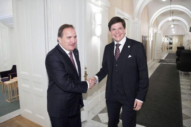 Odsunięty od władzy premier kandydatem na premiera. Szwedzi mają problem