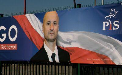 Wyrzucony z PiS za obraźliwe wpisy, na plakacie wyborczym nadal z logiem partii