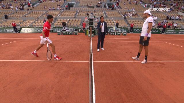 Skrót meczu Djoković – Berrettini w ćwierćfinale French Open