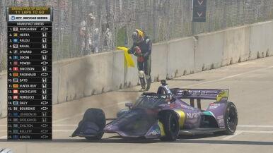 Znowu płonęło auto Grosjeana. Sam próbował je ugasić