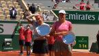 Świątek i Mattek-Sands odebrały puchary za udział w finale gry podwójnej we French Open