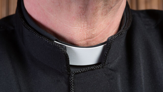 Ksiądz był oskarżony o pedofilię. Najpierw sąd skazał go na pół roku więzienia, teraz uniewinnił