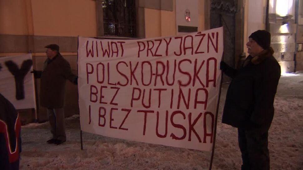 """""""Potrzebne jest nowe Powstanie Styczniowe"""".  Marsz z pochodniami w centrum Wrocławia"""