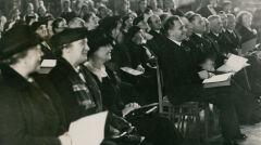 Uroczystość otwarcia pierwszej szkoły imienia Stefana Żeromskiego w Warszawie na Pradze. Fotografia z 1932 roku
