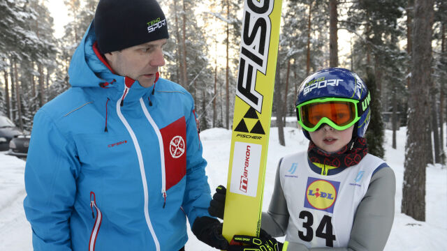 Zmiana warty w skokach. 17-letni syn Ahonena jedzie na mistrzostwa