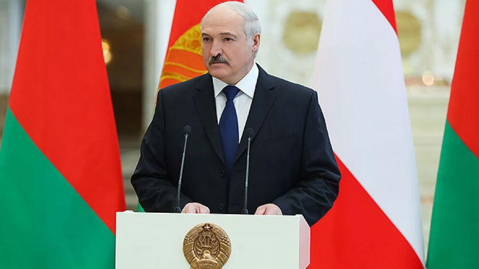 """""""Nie masz trójki dzieci, nie będziesz ministrem"""". 23. orędzie Łukaszenki"""
