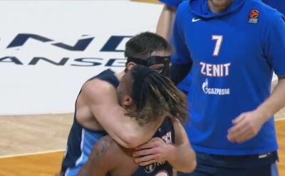 Zenit pokonał Fenerbahce w 15. kolejce Euroligi, 16 punktów Ponitki