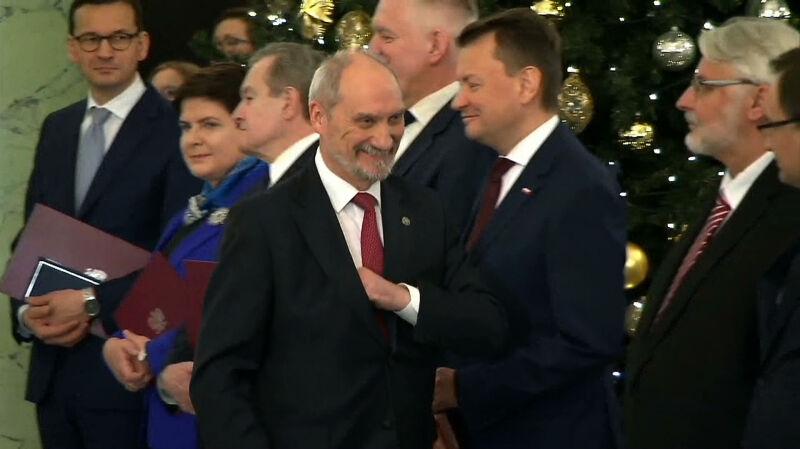 Wojna Duda-Macierewicz trwa w najlepsze
