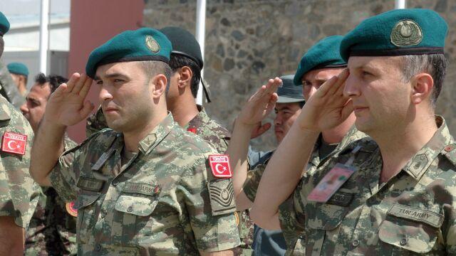 Premier Turcji pojedzie do Bagdadu. MSZ: nie wycofamy wojsk z Iraku
