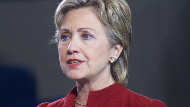 Clinton przesłuchana przez FBI