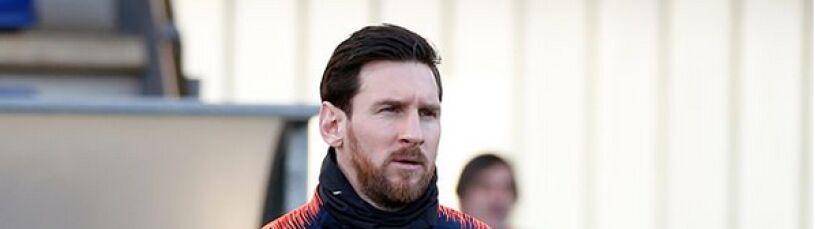 Messi wycofany ze składu.