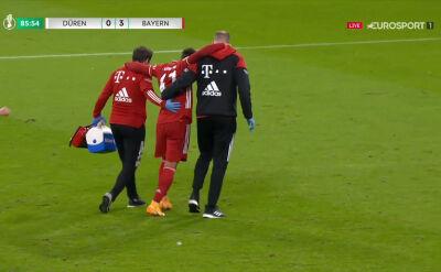 Pechowy uraz młodego piłkarza Bayernu w starciu z FC Dueren w 1. rundzie Pucharu Niemiec