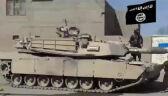 Islamiści przy zdobytym M1 Abrams